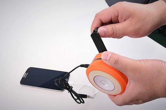 ThorFire-recharge-smartphone