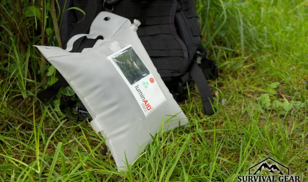 lanterne-solaire-gonflable LuminAID
