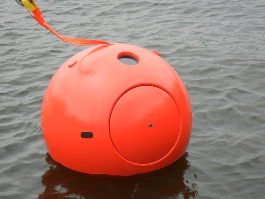 survival-capsule-insubmersible